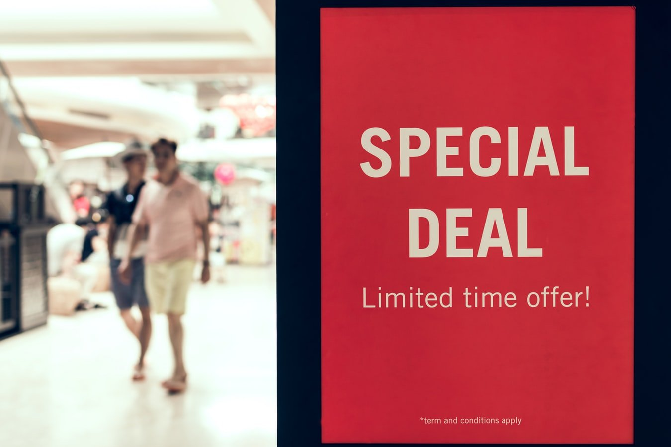 10 Highly Effective Claude Hopkins Advertising Strategies