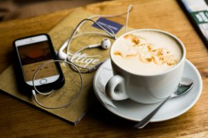 Read more about the article The 8 Best Copywriting Podcasts That'll Make You a Pro